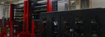 2台の最新パンチ・レーザー複合加工機による無人運転