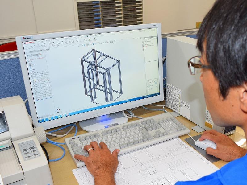 量産に適した板金筐体構造の設計技術